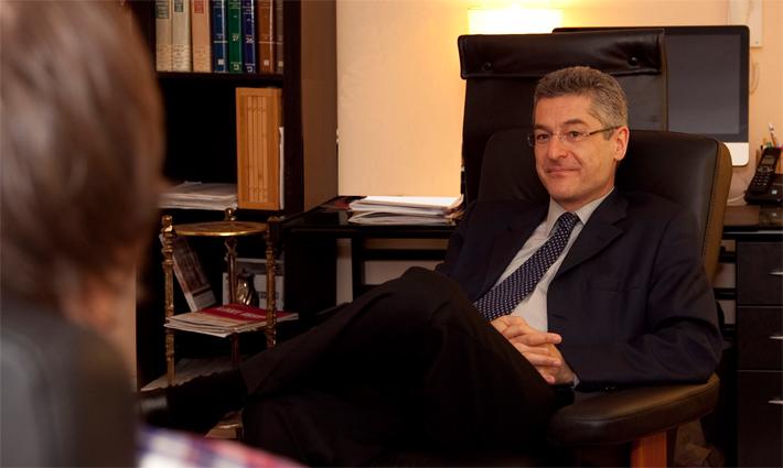 Psychiatrist Neuropsychiatrist Neurologist Expert Dr. Maurice Preter